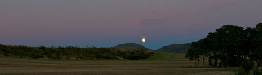 Loch Leven Moon Crop