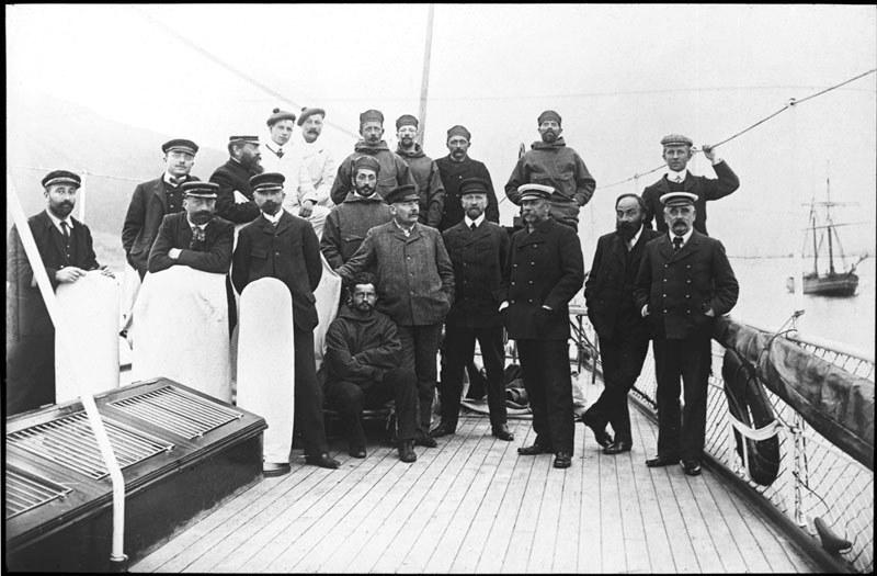 Scotia's crew