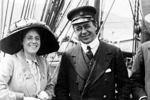 Kathleen and Robert Falcon Scott on board the Terra Nova, 1910 (Herbert Ponting)